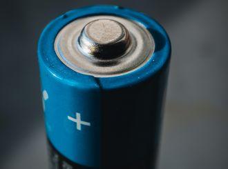 Saving power in low-power wireless radio systems